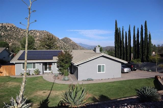 16421 Daza Drive, Ramona, CA 92065 (#190033442) :: McLain Properties