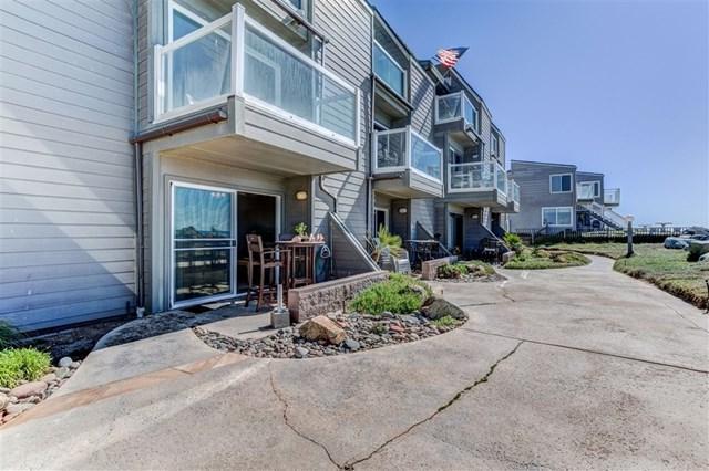 1504 Seacoast Dr, Imperial Beach, CA 91932 (#190033461) :: McLain Properties