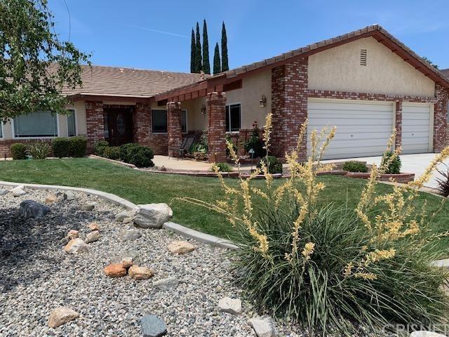 41529 Poplar Circle, Palmdale, CA 93551 (#SR19133525) :: McLain Properties