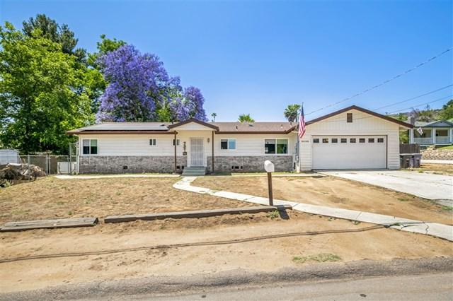 9020 Paradise Park Dr, Lakeside, CA 92040 (#190033493) :: Heller The Home Seller