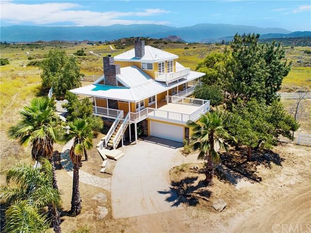 39201 San Ignacio Road, Hemet, CA 92544 (#SW19143558) :: Allison James Estates and Homes