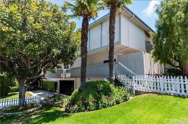 2000 Voorhees Avenue #1, Redondo Beach, CA 90278 (#SB19143915) :: Allison James Estates and Homes