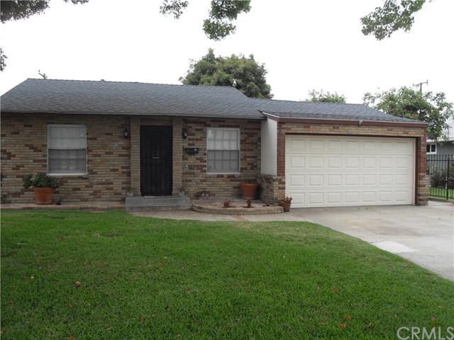 2048 W Washington Avenue, Santa Ana, CA 92706 (#PW19144262) :: Naylor Properties