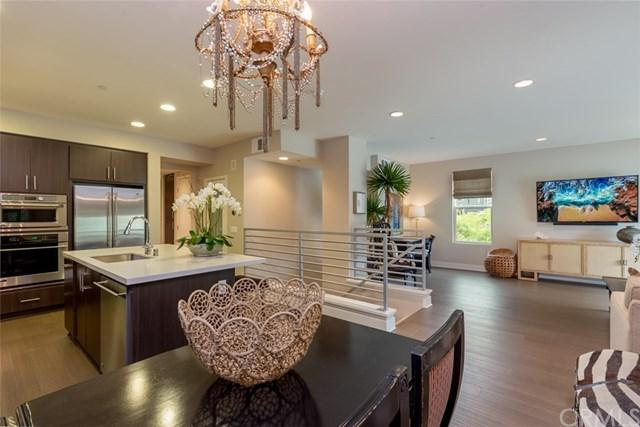 312 Rockefeller, Irvine, CA 92612 (#NP19123514) :: Naylor Properties