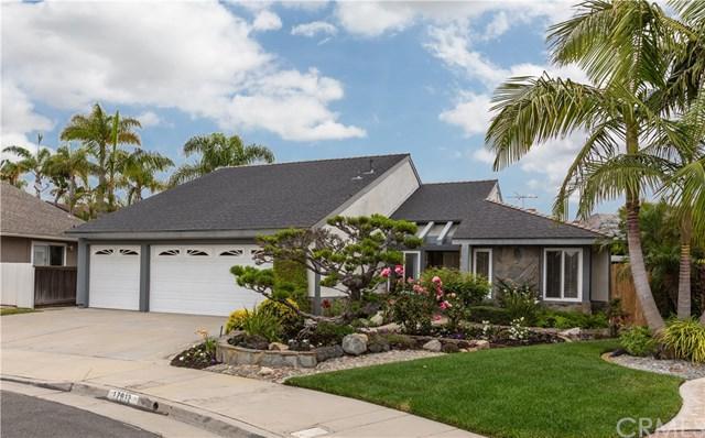 17912 Portside Circle, Huntington Beach, CA 92649 (#OC19140864) :: Bob Kelly Team