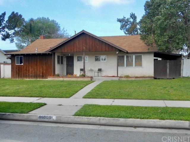 11009 Haskell Avenue, Granada Hills, CA 91344 (#SR19144809) :: Allison James Estates and Homes