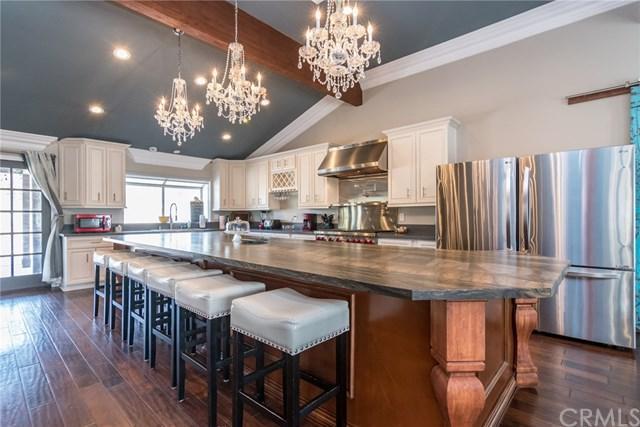 41740 Camino Del Vino, Temecula, CA 92592 (#SW19131823) :: Allison James Estates and Homes