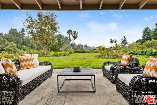 15427 Milldale Drive, Los Angeles (City), CA 90077 (#19466542) :: Provident Real Estate