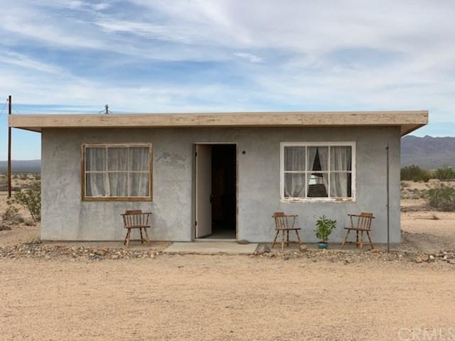 82312 Virginia Road, 29 Palms, CA 92277 (#JT19145298) :: The Marelly Group | Compass