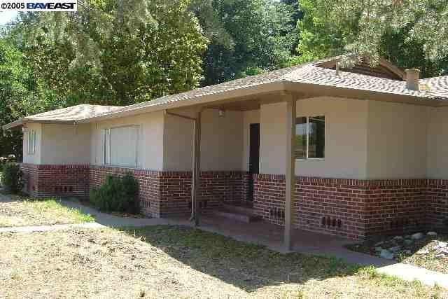 4378 Roberts Road, Stockton, CA 95206 (#ML81757300) :: Naylor Properties
