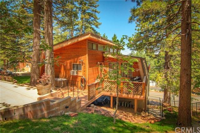 30741 Live Oak Drive, Running Springs, CA 92382 (#EV19145544) :: Z Team OC Real Estate