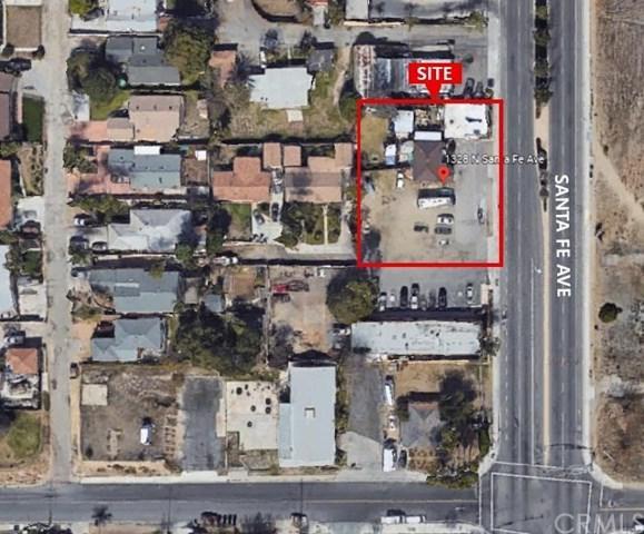 1328 N Santa Fe Avenue, Vista, CA 92083 (#OC19145683) :: Go Gabby