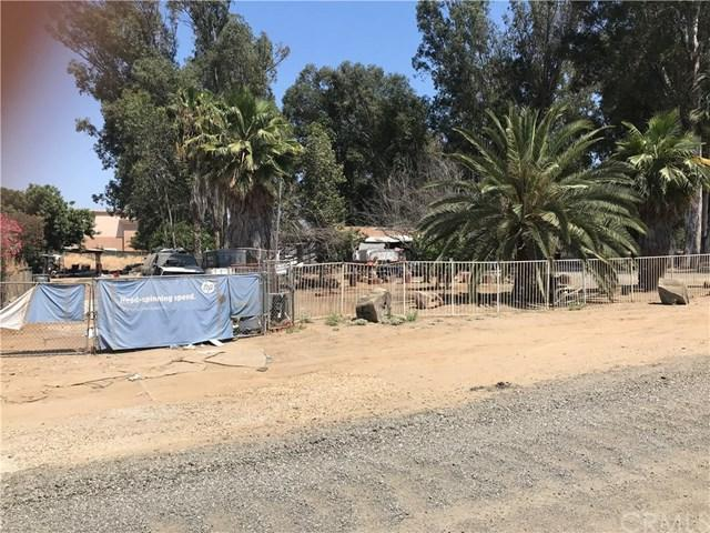 29489 3rd Street, Lake Elsinore, CA 92532 (#MB19146003) :: Provident Real Estate