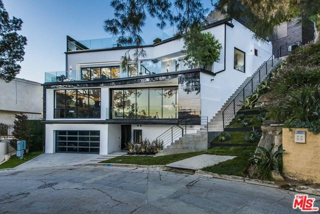 6461 Bryn Mawr Drive, Los Angeles (City), CA 90068 (#19480330) :: Heller The Home Seller