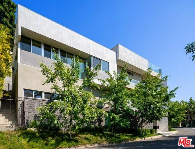 3274 N Knoll Drive, Los Angeles (City), CA 90068 (#19479854) :: Heller The Home Seller