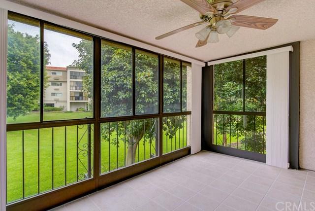 4010 4010 Calle Sonora Oeste 2E, Laguna Woods, CA 92637 (#OC19146574) :: Allison James Estates and Homes