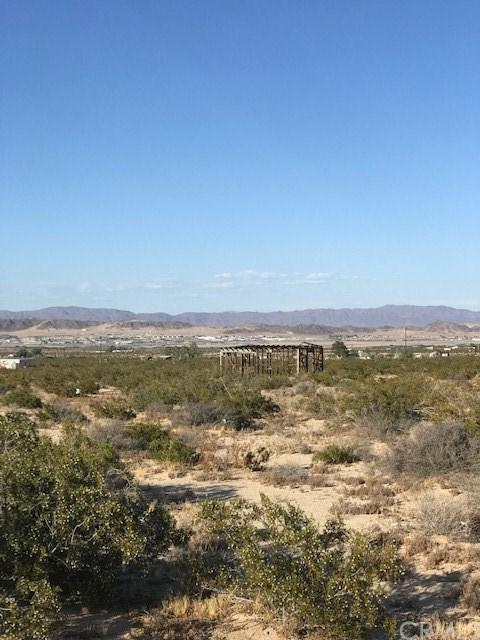 0 Cielito Drive, 29 Palms, CA 92277 (#JT19146804) :: Fred Sed Group