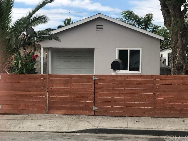 446 Spruce Street, Compton, CA 90220 (#DW19147127) :: Heller The Home Seller