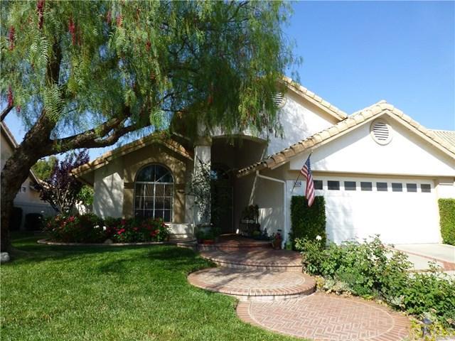 992 Riviera Avenue, Banning, CA 92220 (#BB19147185) :: Vogler Feigen Realty
