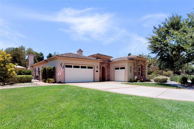 1608 Loch Ness Drive, Fallbrook, CA 92028 (#SW19147045) :: The Marelly Group | Compass