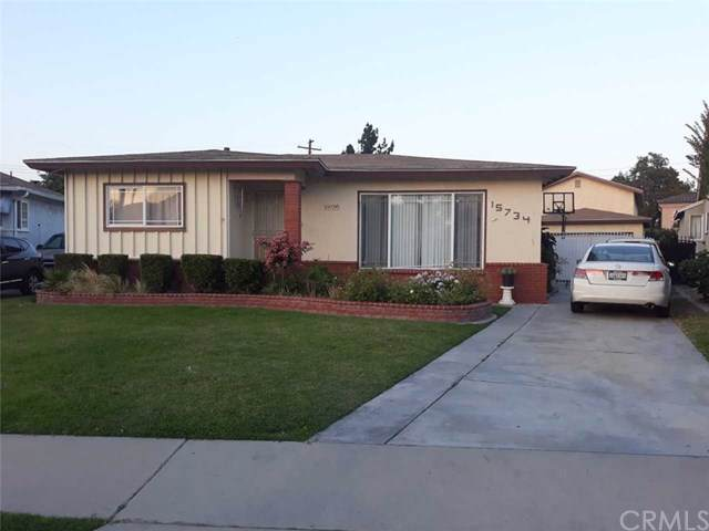 15734 Faculty Avenue, Bellflower, CA 90706 (#PW19146713) :: Sperry Residential Group
