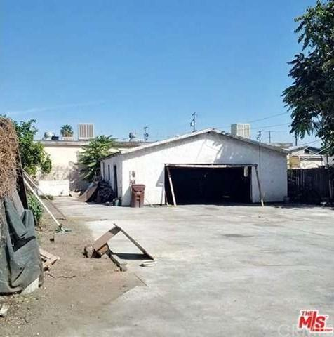 125 E Maple Street, Compton, CA 90220 (#SB19147762) :: Heller The Home Seller