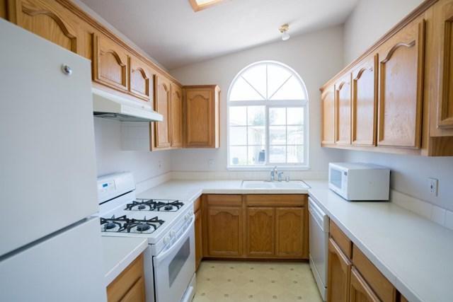 1220 Tasman Drive #453, Sunnyvale, CA 94089 (#ML81757878) :: Heller The Home Seller