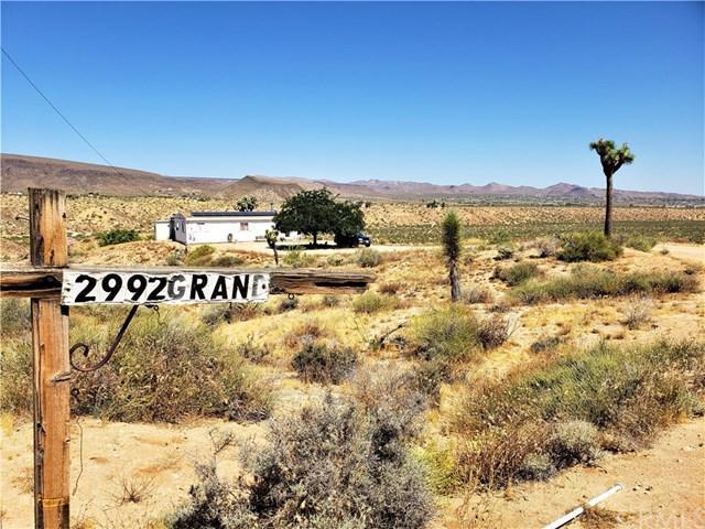 2992 Grand Avenue, Yucca Valley, CA 92284 (#JT19148308) :: RE/MAX Masters