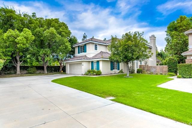 24 Silveroak, Irvine, CA 92620 (#OC19148678) :: Doherty Real Estate Group
