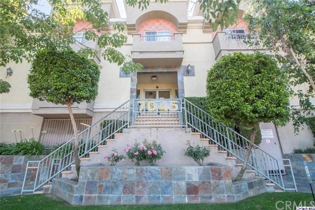 7045 Woodley #115, Van Nuys, CA 91406 (#319002495) :: Heller The Home Seller