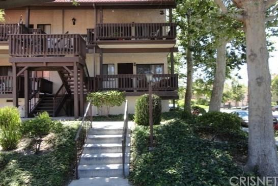 27646 Nugget Drive #4, Canyon Country, CA 91387 (#SR19149193) :: The Parsons Team
