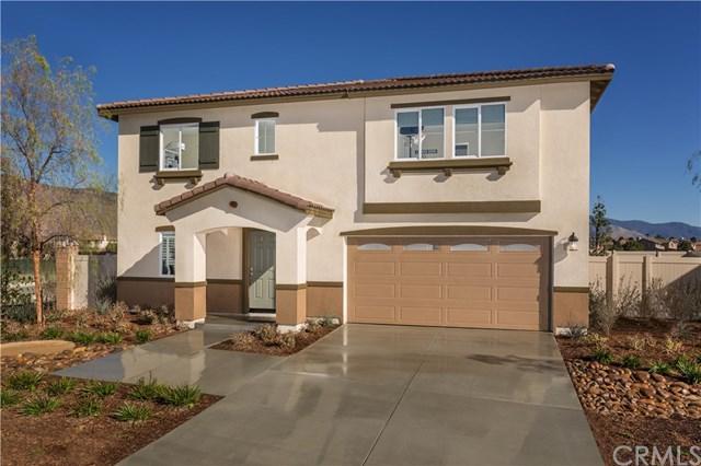 749 Pine Avenue, San Jacinto, CA 92582 (#SW19149704) :: Vogler Feigen Realty