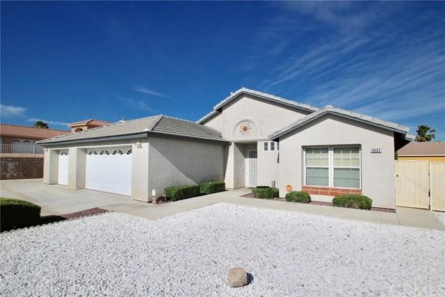 8662 Dumosa Avenue, Yucca Valley, CA 92284 (#JT19149930) :: Steele Canyon Realty