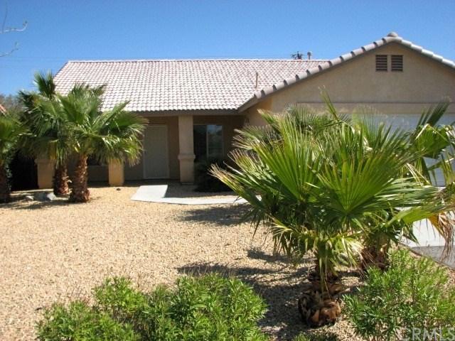 15390 Avenida Descanso, Desert Hot Springs, CA 92240 (#SW19149506) :: Cal American Realty
