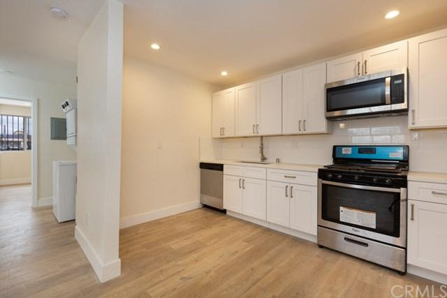 2526 W Mcfadden Avenue, Santa Ana, CA 92704 (#PW19149958) :: Doherty Real Estate Group