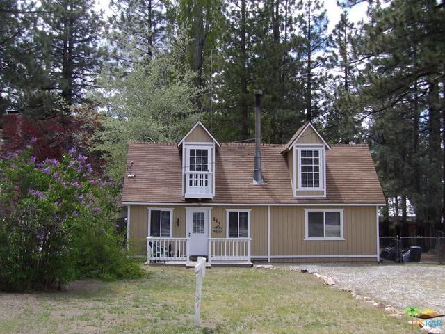344 Jeffries Road, Big Bear, CA 92315 (#19481984PS) :: Steele Canyon Realty