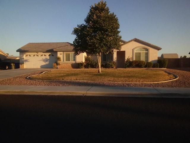 21257 Seibel Lane, Apple Valley, CA 92308 (#514638) :: Vogler Feigen Realty