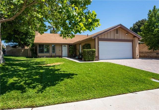 23155 Magnolia Glen Drive, Valencia, CA 91354 (#SR19146534) :: The Parsons Team