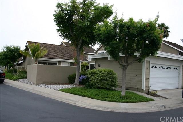 30 Tanglewood Drive, Irvine, CA 92604 (#OC19135128) :: The Danae Aballi Team