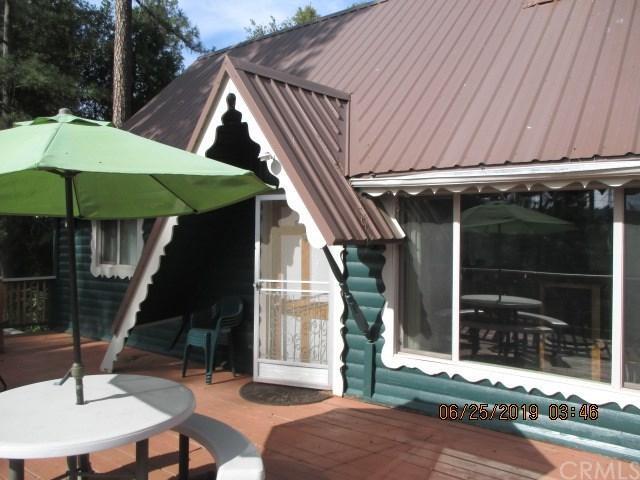 43207 W Sugar Pine Drive, Oakhurst, CA 93644 (#FR19150042) :: Pam Spadafore & Associates