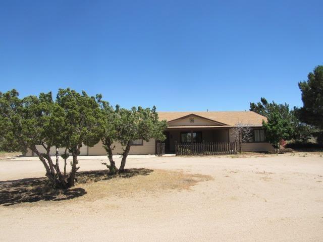 8479 Daisy Road, Oak Hills, CA 92344 (#514801) :: Pam Spadafore & Associates