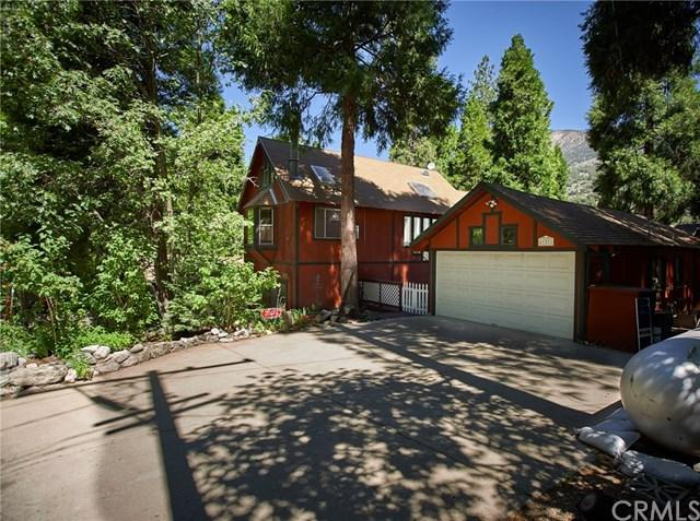 41374 Valley Of The Falls Drive, Forest Falls, CA 92339 (#EV19146039) :: Fred Sed Group
