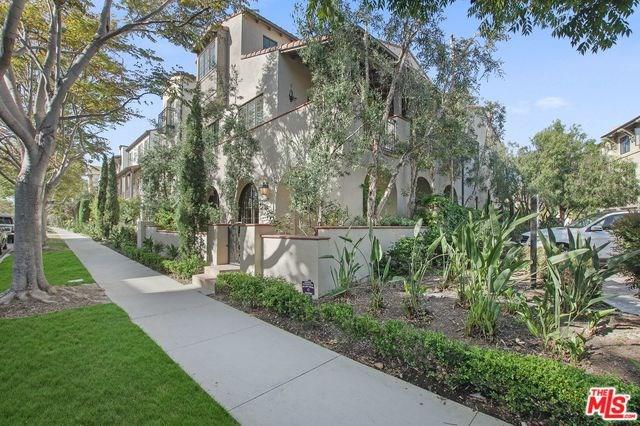 6400 Seawalk Drive, Playa Vista, CA 90094 (#19483322) :: Team Tami