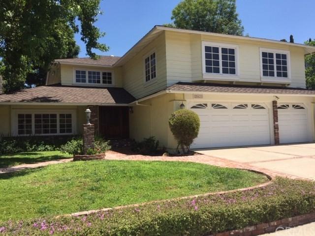 25621 Minos Street, Mission Viejo, CA 92691 (#OC19153575) :: Fred Sed Group