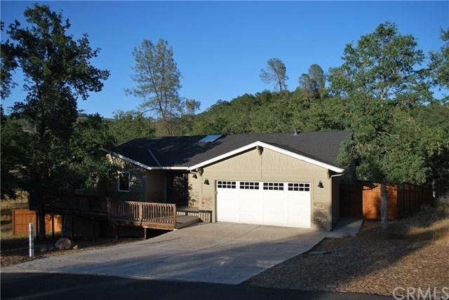 18150 Bobcat Court, Hidden Valley Lake, CA 95467 (#LC19154859) :: Fred Sed Group