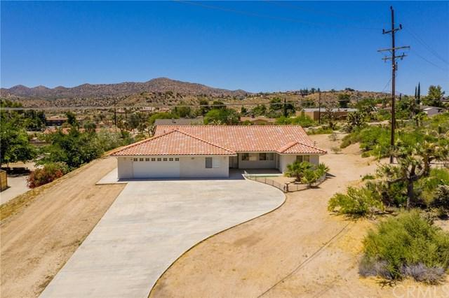 54787 Benecia, Yucca Valley, CA 92284 (#JT19107103) :: Abola Real Estate Group