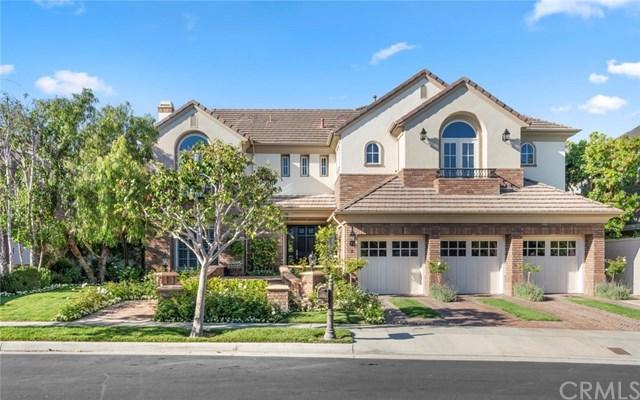 6 Oak Tree Drive, Newport Beach, CA 92660 (#NP19153821) :: Team Tami