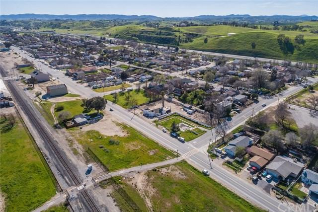 2 Mission Street, San Miguel, CA 93451 (#SP19156760) :: Fred Sed Group