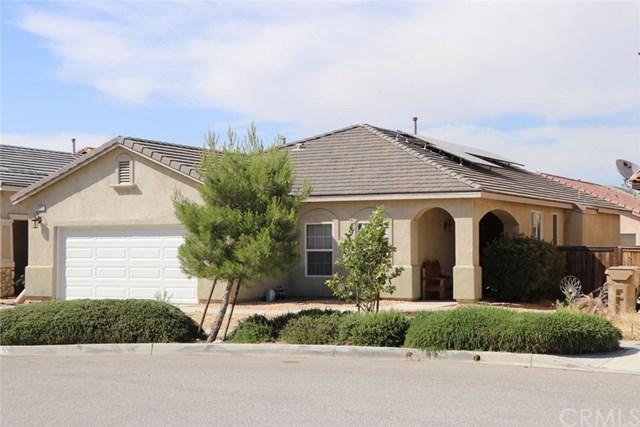 9353 Creosote Avenue, Oak Hills, CA 92344 (#CV19157178) :: Bob Kelly Team