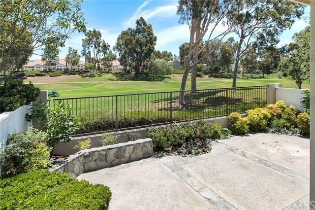 17 Via Floria, Rancho Santa Margarita, CA 92688 (#OC19159158) :: Fred Sed Group